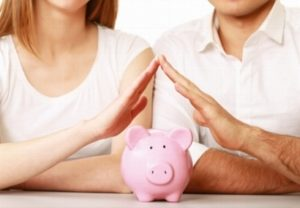 Как научиться экономить деньги в семье
