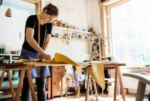 Бизнес на дому по изготовлению одежды