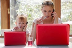 Как совмещать уход за ребенком и работу